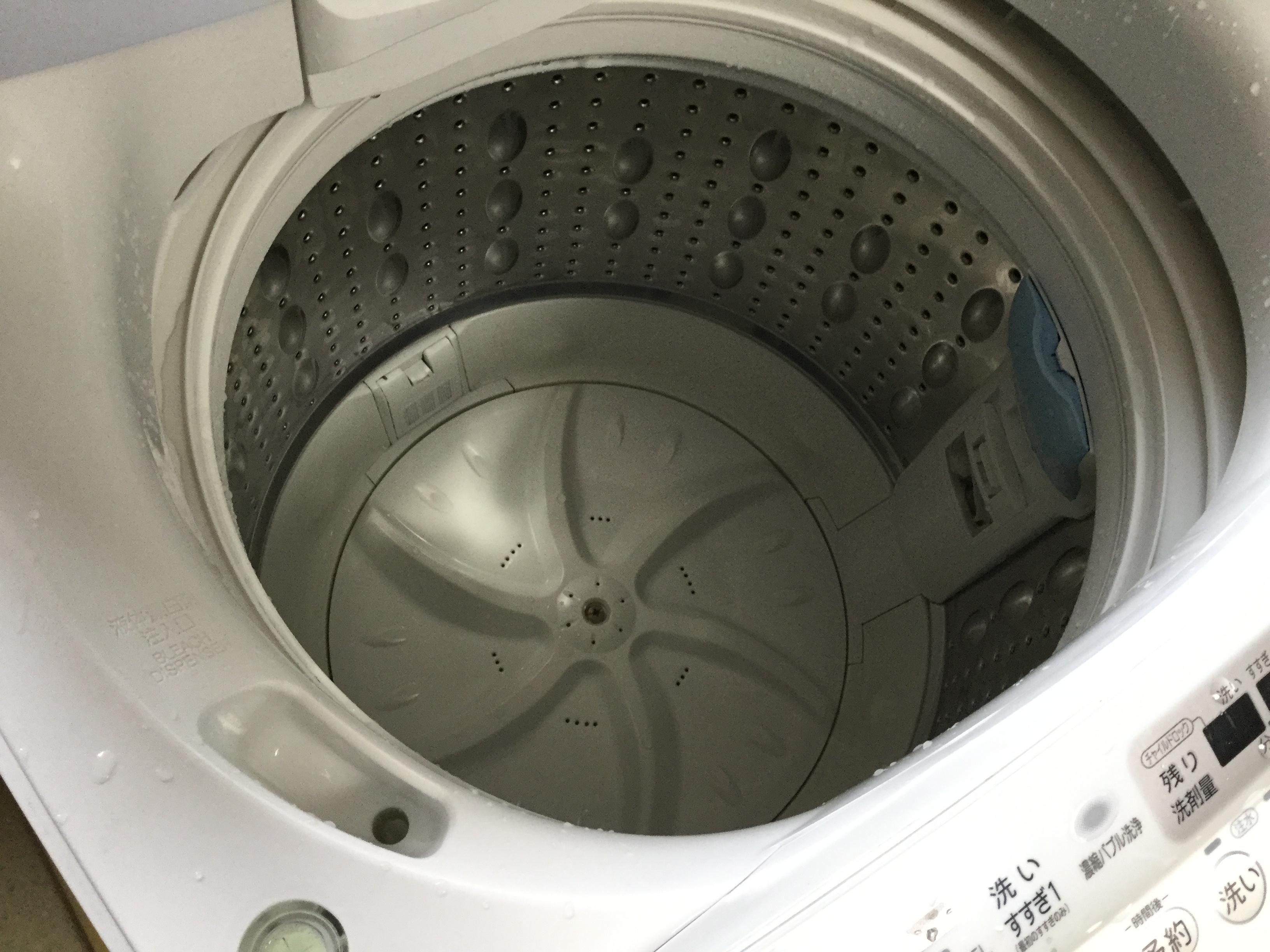 洗濯槽の中もぴかぴかになりました